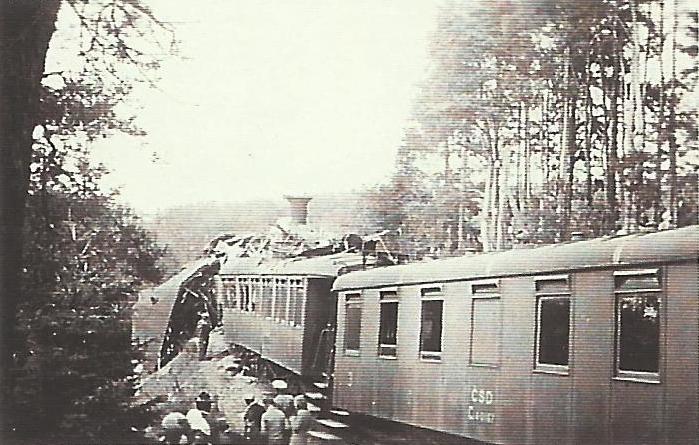 1932 - SRÁŽKA VLAKŮ V SO  2.7.1932 PŘED 20 H VEČERNÍss