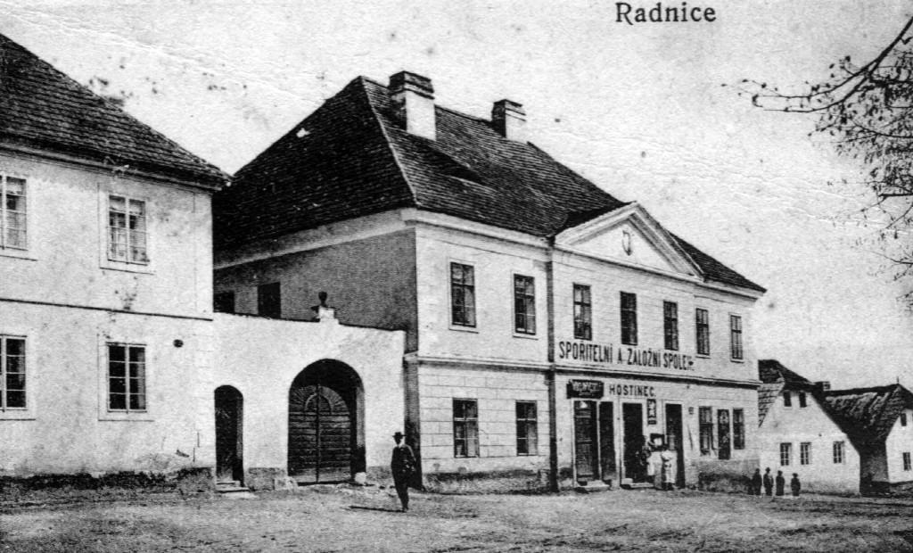 radnice-zalozna-1907
