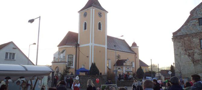 Pozvánka na tradiční adventní jarmark v Domašíně